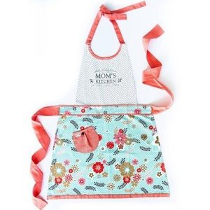 🆕Mom's Kitchen Apron-Simply Whimsical